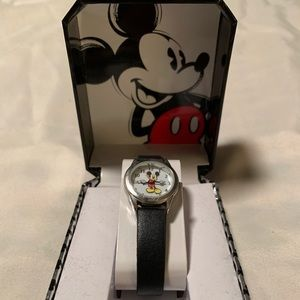Kids Child's Mickey Mouse Watch Never Worn in Box